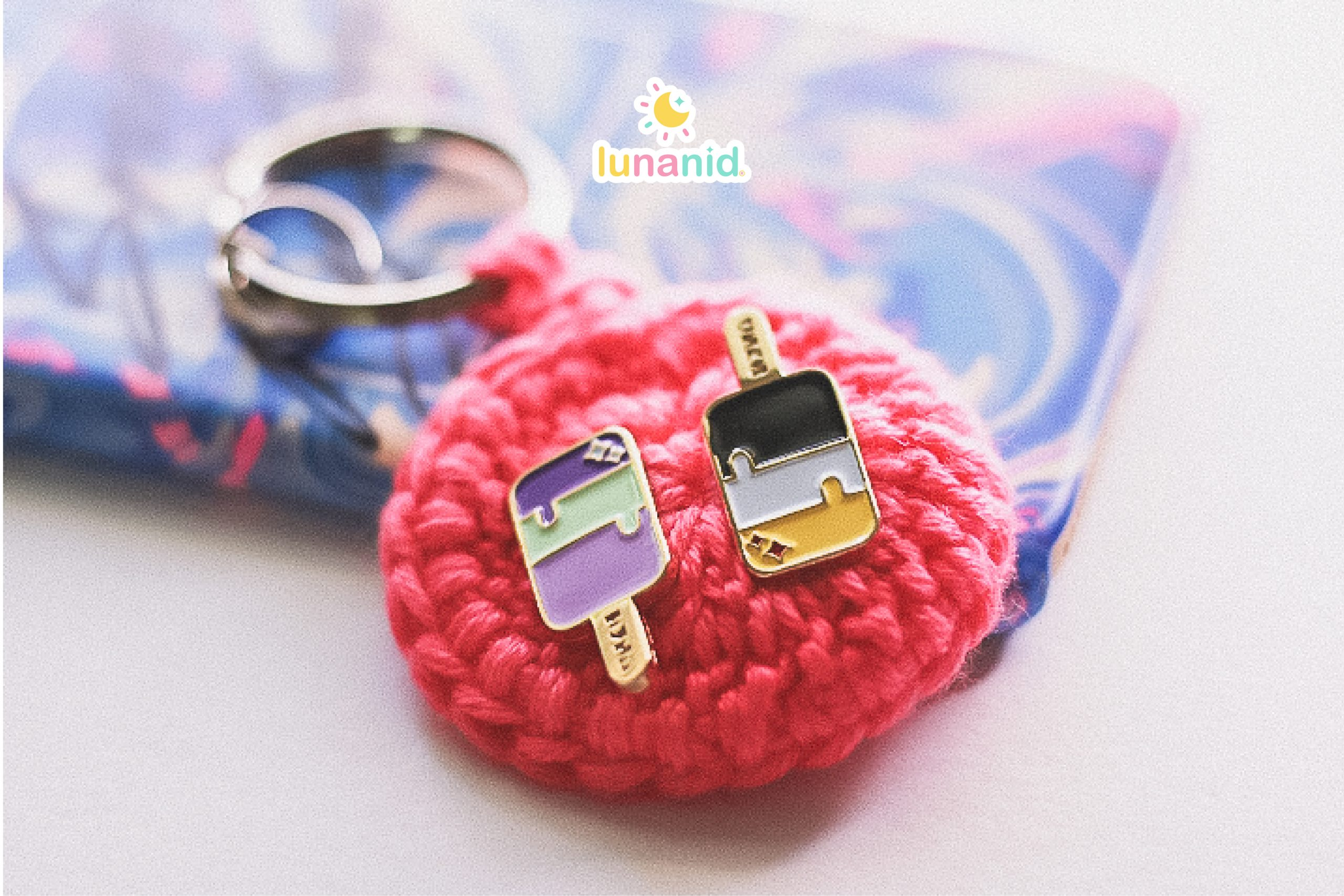 Rosy Pink Pin Keeper Keychain Photos-06